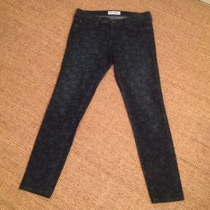 AG skinny jeans liberty size 28R